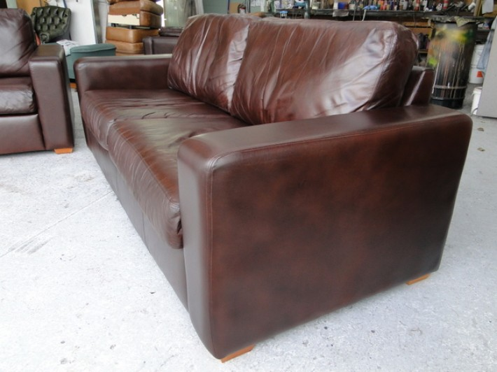 Faded Leather Longreach Lounge Suite Fully Restored